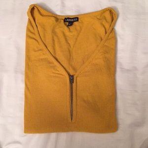 Express Mustard blouse. Cute 🧡